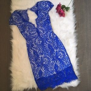 Dresses & Skirts - Lacy royal blue cocktail dress
